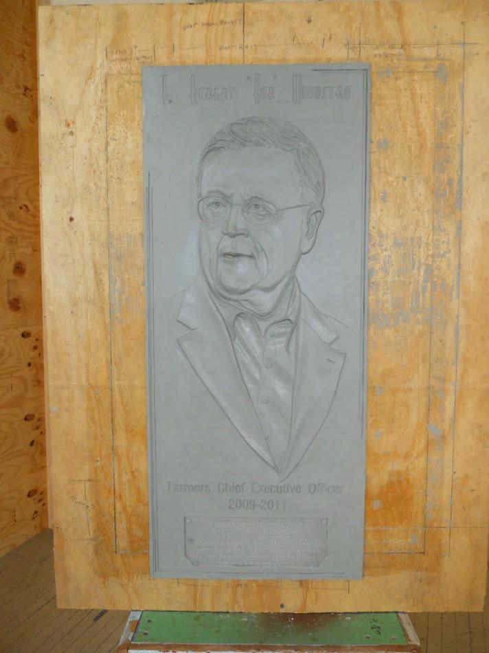 Plaque in clay